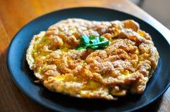 Omelette croustillante thaïlandaise Images stock