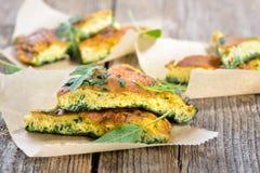 Omelette d'herbe photographie stock libre de droits