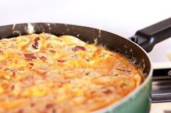 Omelette dans un carter Images libres de droits