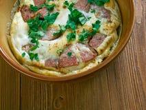 Omelette de chorizo et de tomate photographie stock libre de droits
