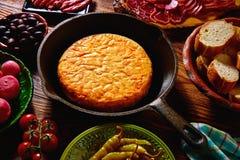 Omelette de pommes de terre de tortilla de patata de Tapas Photo libre de droits