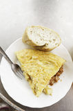 Omelette de saucisse photographie stock libre de droits