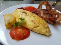 Omelette e bacon Immagine Stock Libera da Diritti