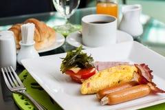 Omelette farcita con bacon Immagine Stock
