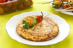 Omelette with grilled vegetable skewer Royalty Free Stock Photography