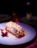 Omelette norvegese, dessert americano Fotografia Stock Libera da Diritti