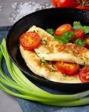 Omelette in padella immagine stock libera da diritti