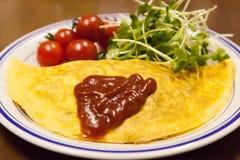 Omelette und Beilagen Lizenzfreie Stockbilder