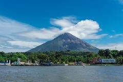 Ometepe, Nicaragua, il 15 gennaio 2018: Porto dell'isola di Ometepe fotografia stock
