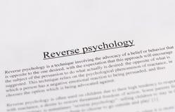 Omgekeerde psychologie - onderwijs of bedrijfsconcept Stock Afbeelding