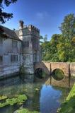 Omgett med vallgrav hus, Warwickshire Royaltyfria Bilder