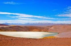 Omgivning av Laguna Verde i Chile Arkivfoton