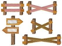Omheining, houten uithangborden, pijlteken Stock Fotografie
