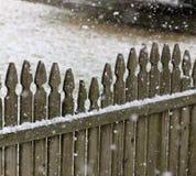 Omheining in Sneeuw Stock Afbeeldingen