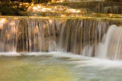 Omhoog gesloten watervallen Stock Fotografie