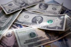 omhoog sluiten bankbiljetten Amerikaanse dollars, honderd, vijftig, twintig, twee, één dollar, royalty-vrije stock afbeelding
