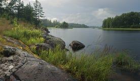Omilt väder på laken Ladoga Royaltyfri Foto