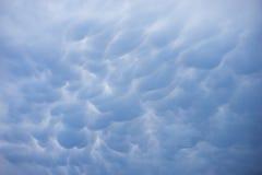 Ominöse Regen-Wolken stockbilder