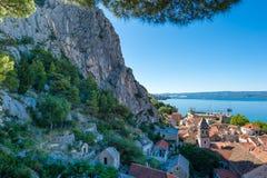 Omis - παλαιά πόλη στη Δαλματία, Κροατία Στοκ φωτογραφία με δικαίωμα ελεύθερης χρήσης