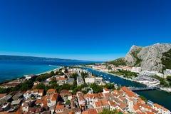 Omis - старый городок в Далмации, Хорватии Стоковое Изображение