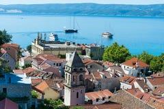 Omis -老镇在达尔马提亚,克罗地亚 库存照片