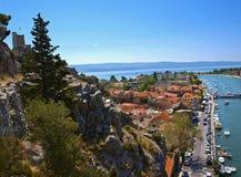 Omis (Ansicht von der Klippe) Stockfotos