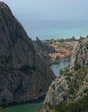 Omis beetwen due montagne, Dalmazia, Croatia Fotografia Stock Libera da Diritti