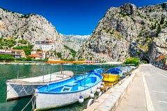 Omis, Dalmacia, Croacia fotografía de archivo libre de regalías