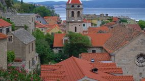 Omis in Kroatië stock video