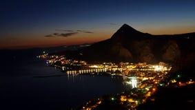 Omis Riviera na noite Fotografia de Stock Royalty Free
