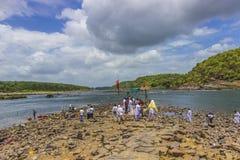 Omkareshwar Narmada flod - Arkivfoto