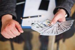 Omkoperijconcept Corruptie Collectieve Bedrijfs Onwettige Spionage stock afbeelding