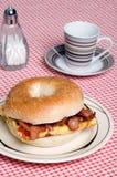 omlet bekonowa kawowa kanapka Fotografia Stock