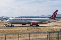 Omni空气国际波音767-300 ER 免版税库存图片