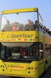 Omnibus de visita turístico de excursión en París Fotografía de archivo libre de regalías