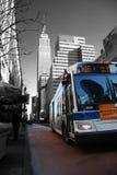 Omnibus en Manhattan Imágenes de archivo libres de regalías