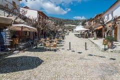Omodos,塞浦路斯村庄的商店  免版税库存图片