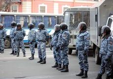 OMON en la reunión para las elecciones justas en Rusia Imagen de archivo