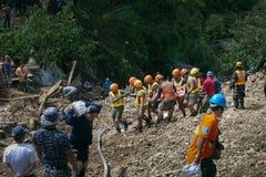 Ompong Mangkhut för tyfon för Ucab Itogon Benguet jordskredtragedi Filippinerna royaltyfria bilder