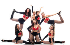 ?omposition dos dançarinos magros 'sexy' que levantam no estúdio Imagens de Stock