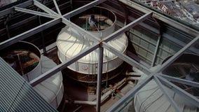 Ompressor en el tejado de la condición del aire Fotografía de archivo