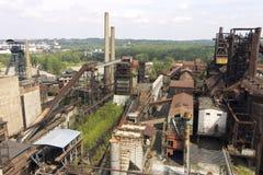 Område för Vitkovice järn- och stålarbeten i Ostrava royaltyfri fotografi