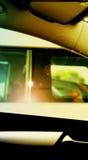 Omringende Auto's Stock Foto's