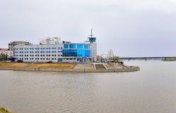 Omsk, le bâtiment du terminal de rivière Image libre de droits