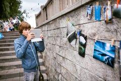 Omsk Rosja, Maj, - 21, 2014: Festiwal fotografia na ulicie Zdjęcie Stock