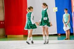 Omsk Rosja, Sierpień, - 22, 2015: Międzynarodowa konkurencja irlandzki taniec Obraz Stock