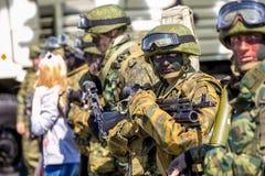 Omsk, Russie - 8 mai 2015 : défilé de victoire Image stock