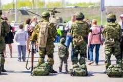 Omsk, Russie - 8 mai 2015 : défilé de victoire Photo stock