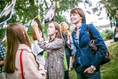 Omsk, Russie - 21 mai 2014 : Photographie de festival sur la rue Images stock
