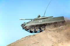 Omsk Ryssland - Juli 07, 2011: internationell militär utställning Arkivfoton